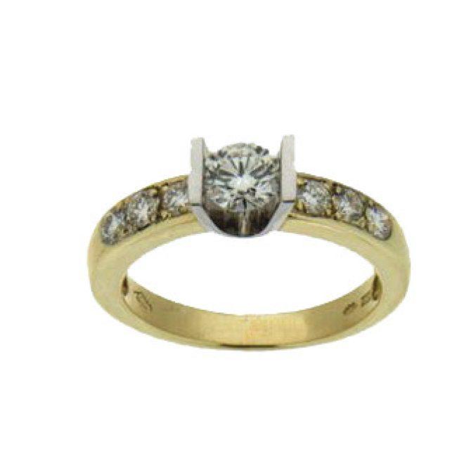 Geelgoud solitair met Diamant