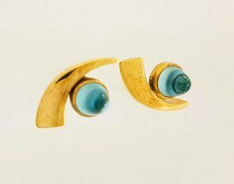 14 Karaat gouden handgemaakte oorknoppen met Sky Blue Topaas eikeltjes