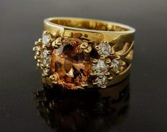 Gouden ring met Morganiet en diamant